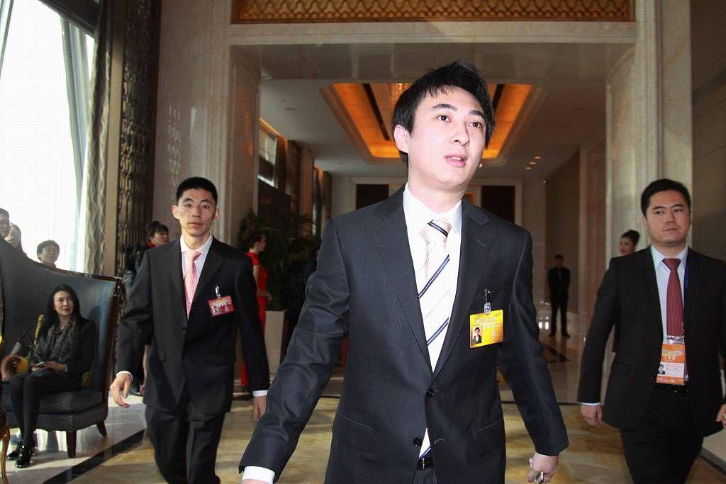 """王思聪的普思投资股权解除冻结 """"国民老公""""归来?图片"""