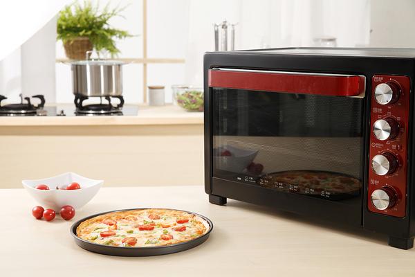 电烤箱有哪些危害 电烤箱的使用注意事项有哪些