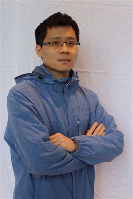"""""""疫""""线身影系列报道(6)山钢集团莱钢医院肖涛:""""行走的二维码"""" 英勇的男护士"""