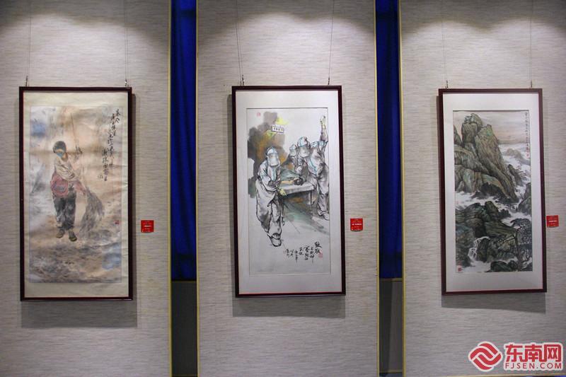 厦门文联艺术展览馆重新开放 展出抗疫主题文艺作品