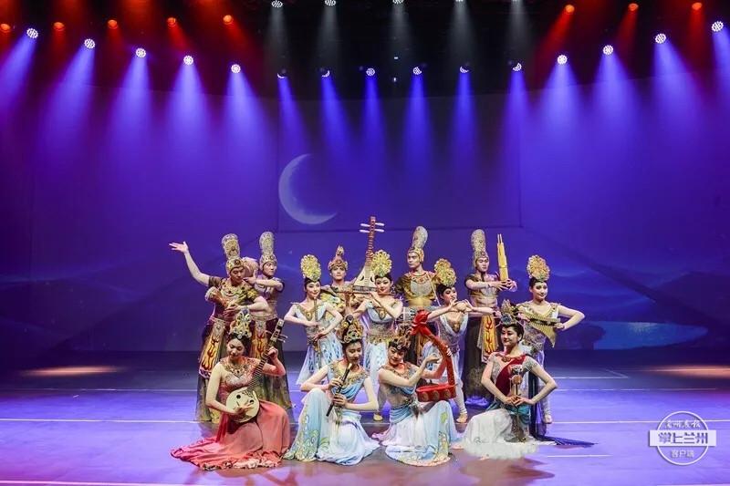 《乐动敦煌》荣获第九届中国旅游投资艾蒂亚奖最佳产业创新金奖