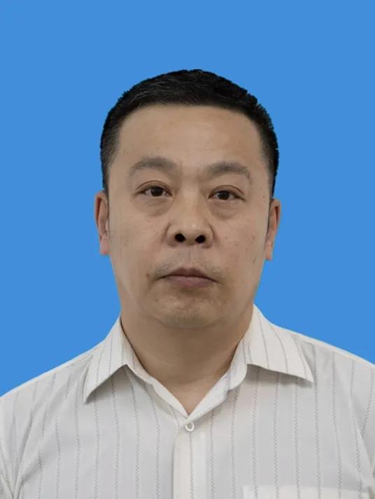 黑龙江鸡西农商银行原副行长陈伟主动投案 接受调查图片