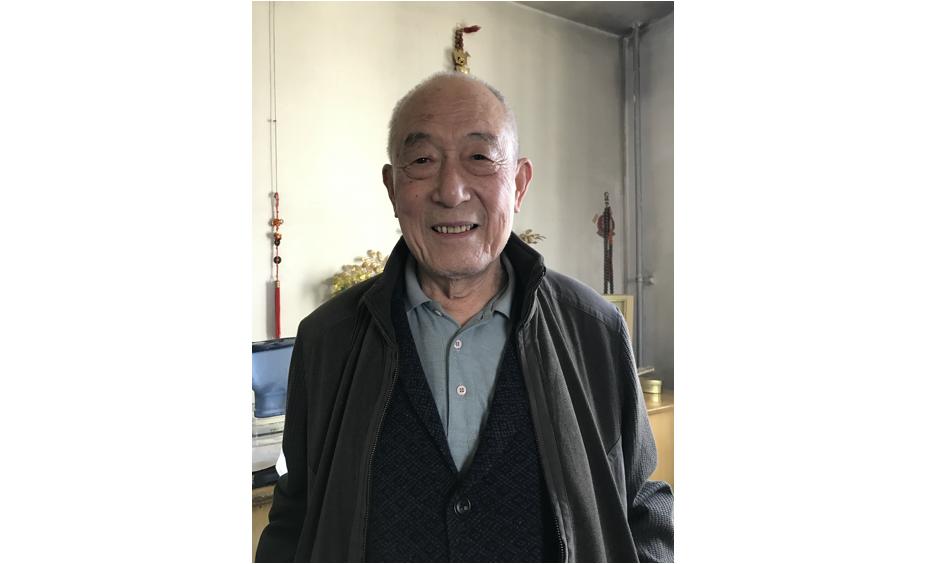 【摩天登陆】元邦86岁写书记录八十余年摩天登陆北图片
