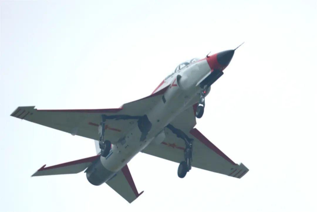 摩天娱乐:海山鹰飞摩天娱乐机改进试飞成功图片