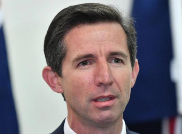 澳大利亚请求贸易协商,但称不会放弃调查中国图片