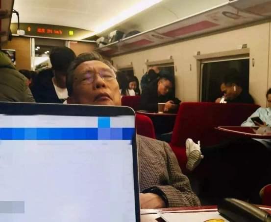 「杏悦平台」距离现实杏悦平台事件中书写历史图片