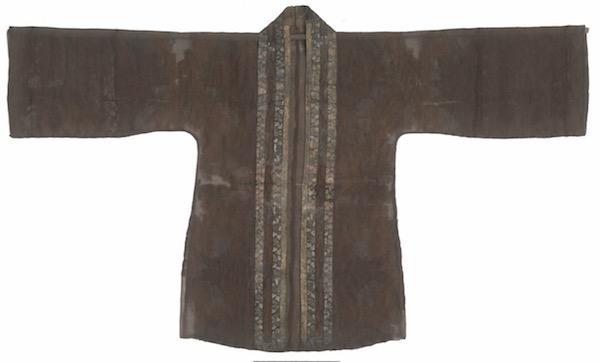对一件南宋女子时尚单衣的抽丝剥茧:从考证主人到文物修复