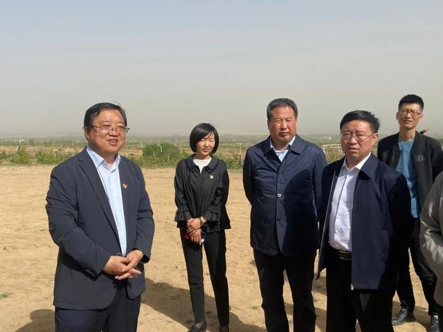 自治区党委组织部部务委员张秦赴 凉城县调研人才工作