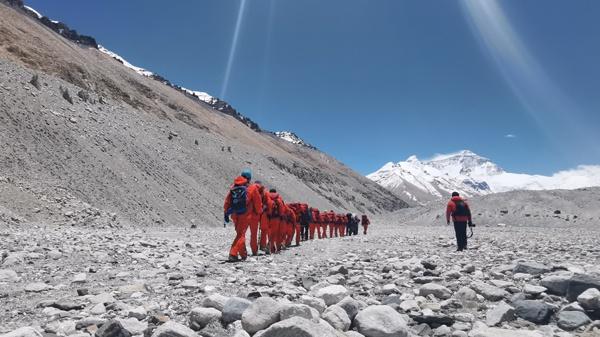 珠峰高程测量登山队开冲顶动员大会 公布详细计划图片