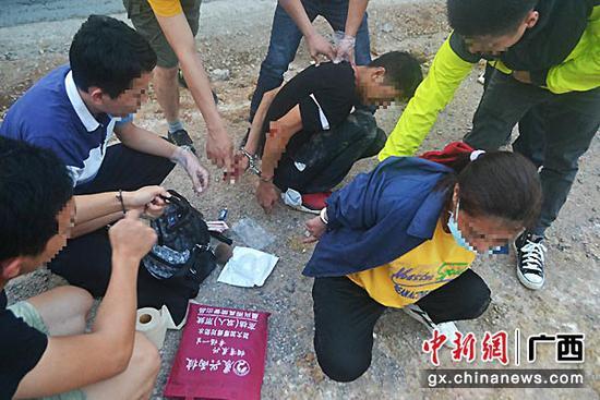 """渣男!广西一名男子运输毒品被抓 """"甩锅""""怀孕女友"""