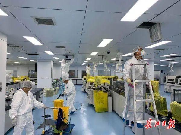 武汉大学人民医院东院区全面消杀