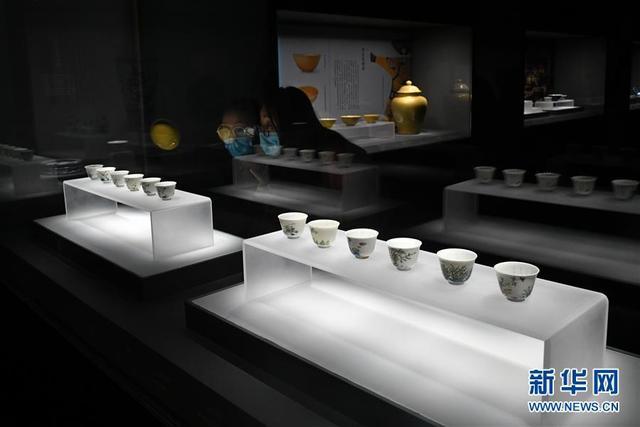 山东博物馆举行明清官窑瓷器展