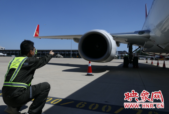 郑州机场独立完成波音飞机A检 成为民航中南局中第二家