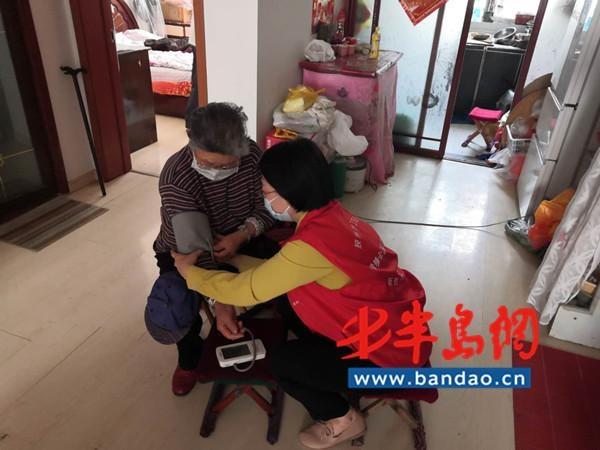 胶州:携手家医同心抗疫 共同护卫居民健康