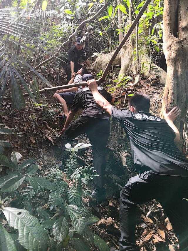 杏鑫南三名男子持改制射钉枪杏鑫在保护区狩猎被图片