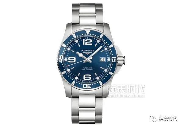 天热了你的腕间少一款蓝色潜水腕表