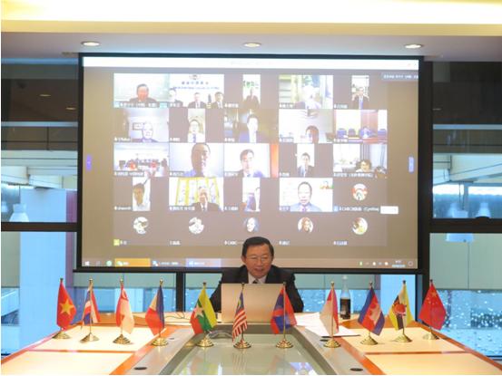 中国与东盟国家合作战疫研讨会召开