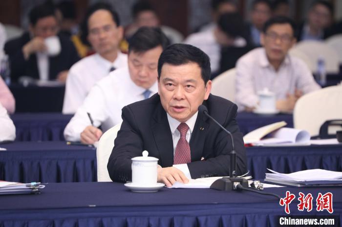 全国人大代表曾庆红:疫情加速了中国汽车企业的数字化转型|曾庆红