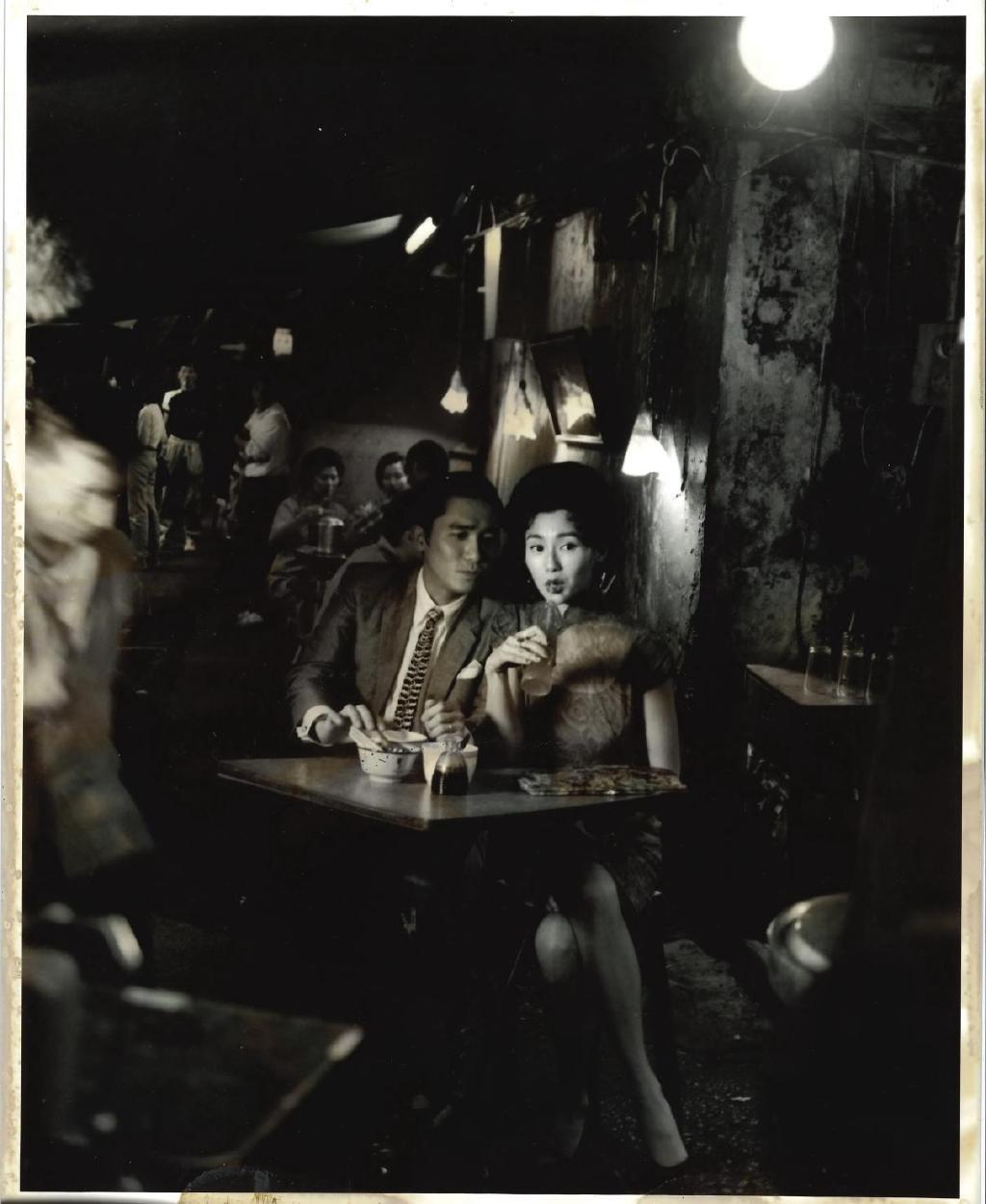 【天富】卫花样年华首映二十周年开机日照片曝光天富图片