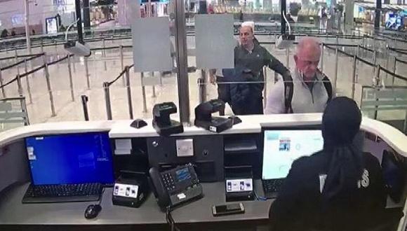 疑似老泰勒和扎耶克在土耳其伊斯坦布尔机场的画面
