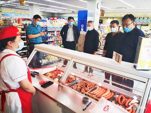 诚信计量!济南分3个小组重点检查了水产、肉类、蔬菜、水果等10多家相关门店台秤