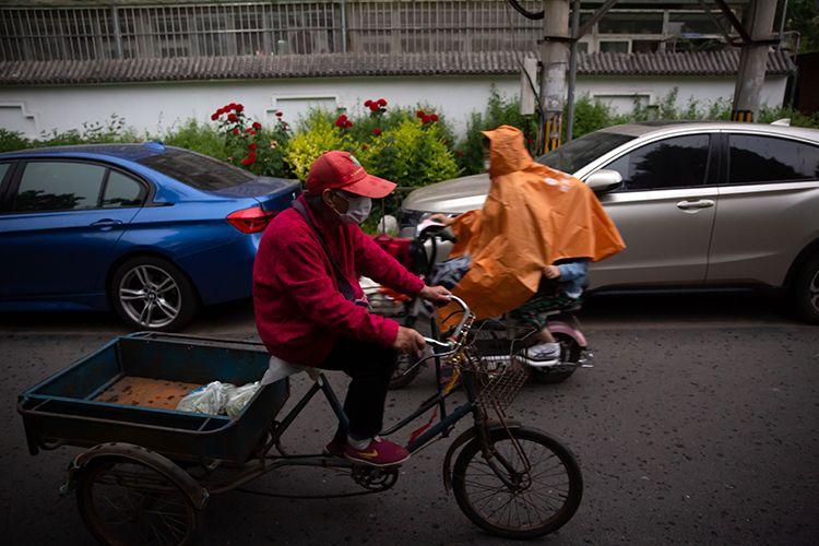 15时31分,海淀区文慧园社区,大雨将至。