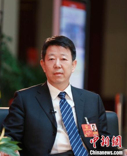 全国人大代表王诚:抢抓新基建机