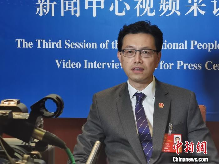 港区全国人大代表、香港工会联合会会长吴秋北接受采访 受访者供图