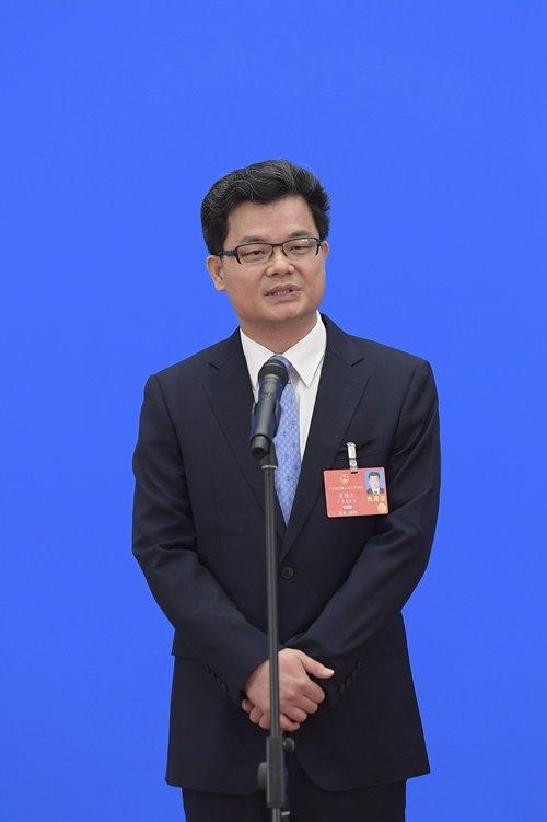 肖胜方代表:民法典就是一部人民的法典图片