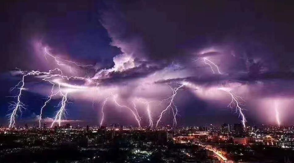 赢咖3平台注册遇暴雨来袭东莞全力图片