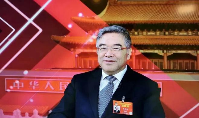 ▲天下政协常委、民进中心副主席朱永新。