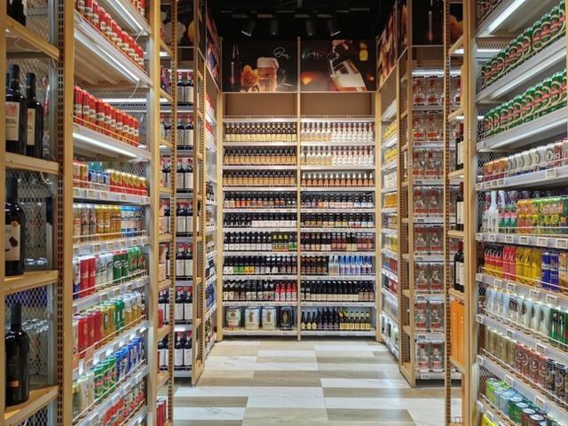 """打造""""无界零售"""",京东全国最大线下体验店在成都开业"""
