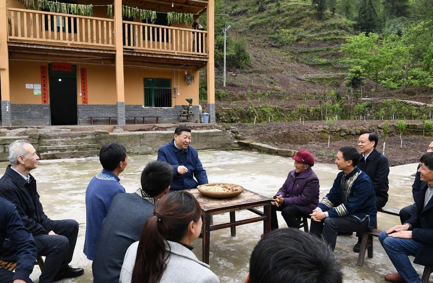 2019年4月15日,国家主席习近平在重庆考察调研。图自央视