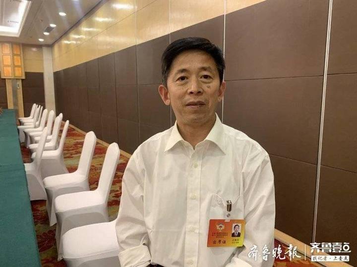 滨州市政协委员王瑞华:建议将柴油车改造置换成LNG双燃料汽车