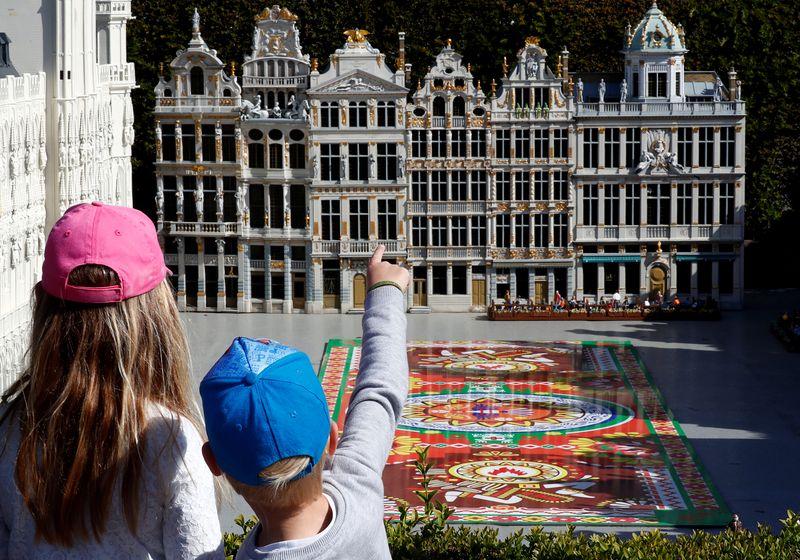 比利时和卢森堡将扩大复课范围