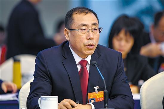 全国人大代表尹兆林:加快推进成品油 消费税改革