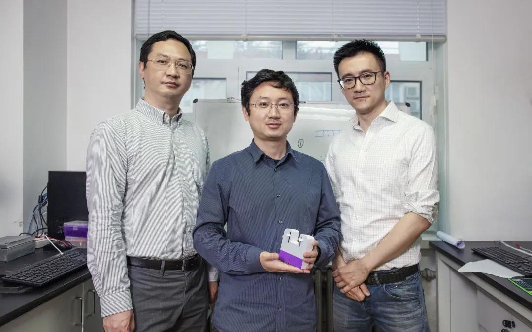 【杏悦平台】大学团杏悦平台队研发核酸检测卡盒半小时图片
