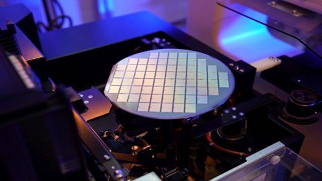 《【手机超越注册】比亚迪半导体A轮融资19亿元,分拆上市将早于电池板块》