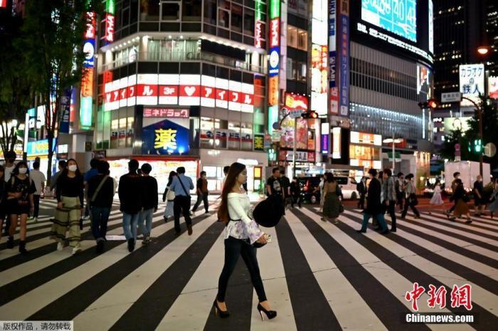日本公布夏季新冠疫情应对措施 强调须预防中暑