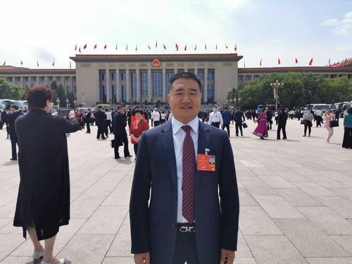 俞学文代表:整治虚假诉讼 震慑犯罪分子维护法律尊严图片