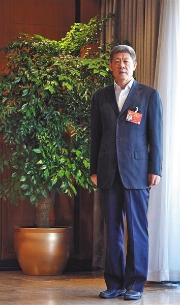 最高法副院长李少平:将违规过问案件纳入政绩考核图片