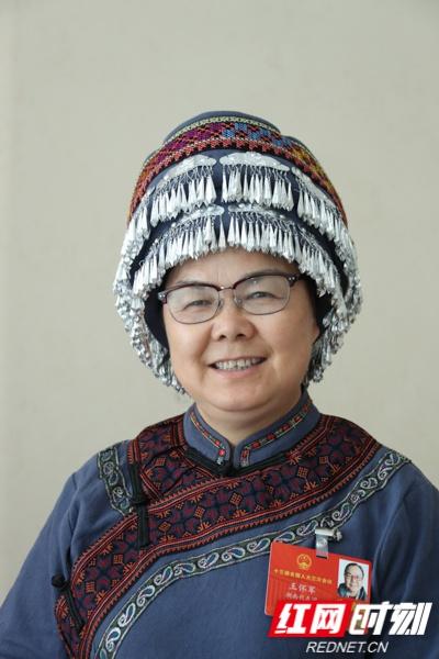 代表心声丨王怀军:建议新进乡村教师在县级以上学校跟班学习一年