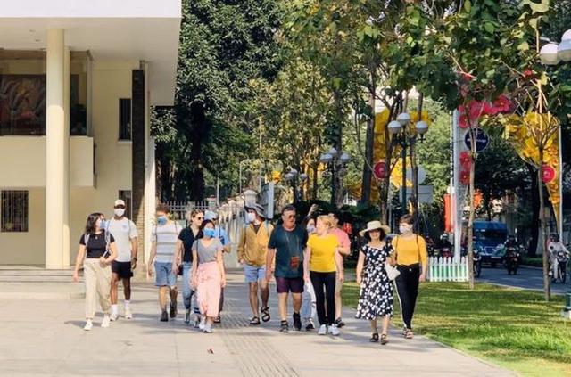 越南将于7月1日起向80国公民发放电子签证 包括持有中国护照的公民