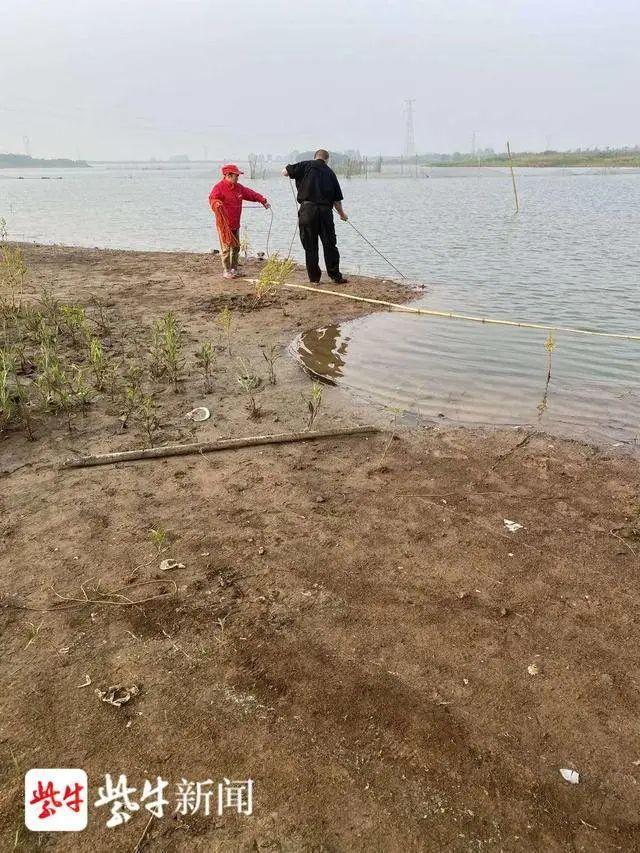 江苏一19岁男生溺亡水库?有人猜测是学生,警方回应