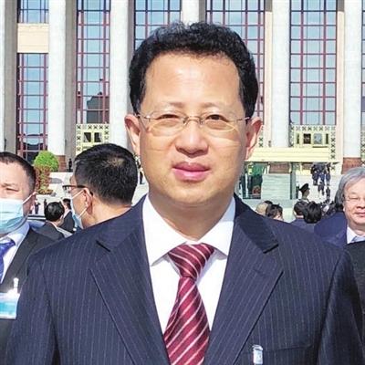 全国政协委员、天津市教育科学研究院副院长 李剑萍