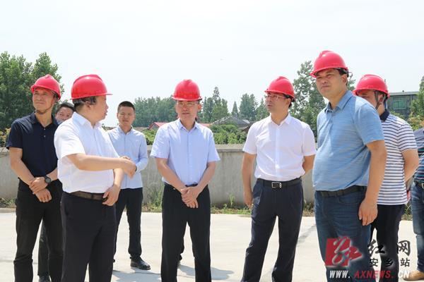 张阳调研安乡园区重点工作:要让返乡务工者留得住