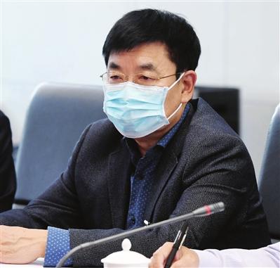 全国人大代表、九三学社市委会副主委 孙丰源