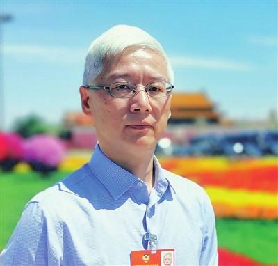 全国政协委员、天津市教育科学研究院院长 金永伟