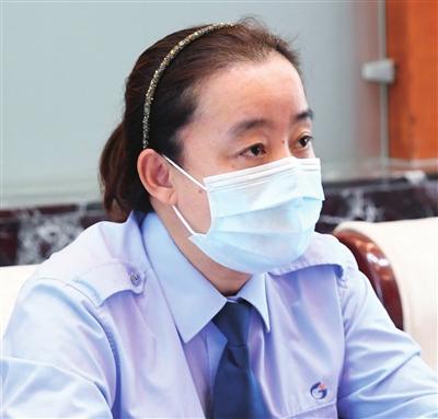 全国人大代表、天津公交集团第三客运有限公司8路车队驾驶员 王艳