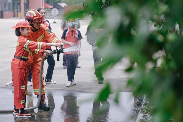 视觉江苏:泰州消防宣传进特殊教育学校